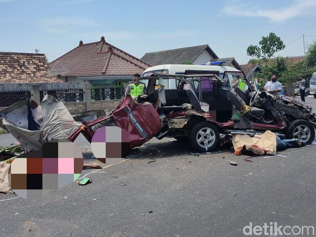 Detik-detik Kecelakaan Maut di Tuban yang Tewaskan Enam Orang