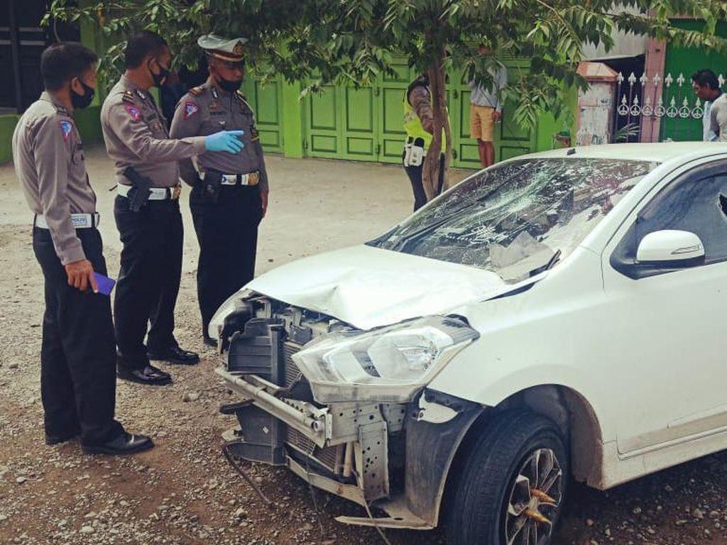 2 Lansia di Sidrap Tewas Tertabrak Mobil Ngebut yang Hilang Kendali