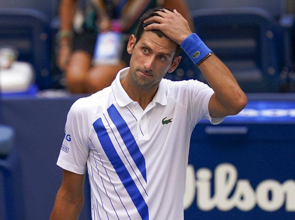 AS Terbuka: Pukul Hakim Garis Pakai Bola, Djokovic Didiskualifikasi