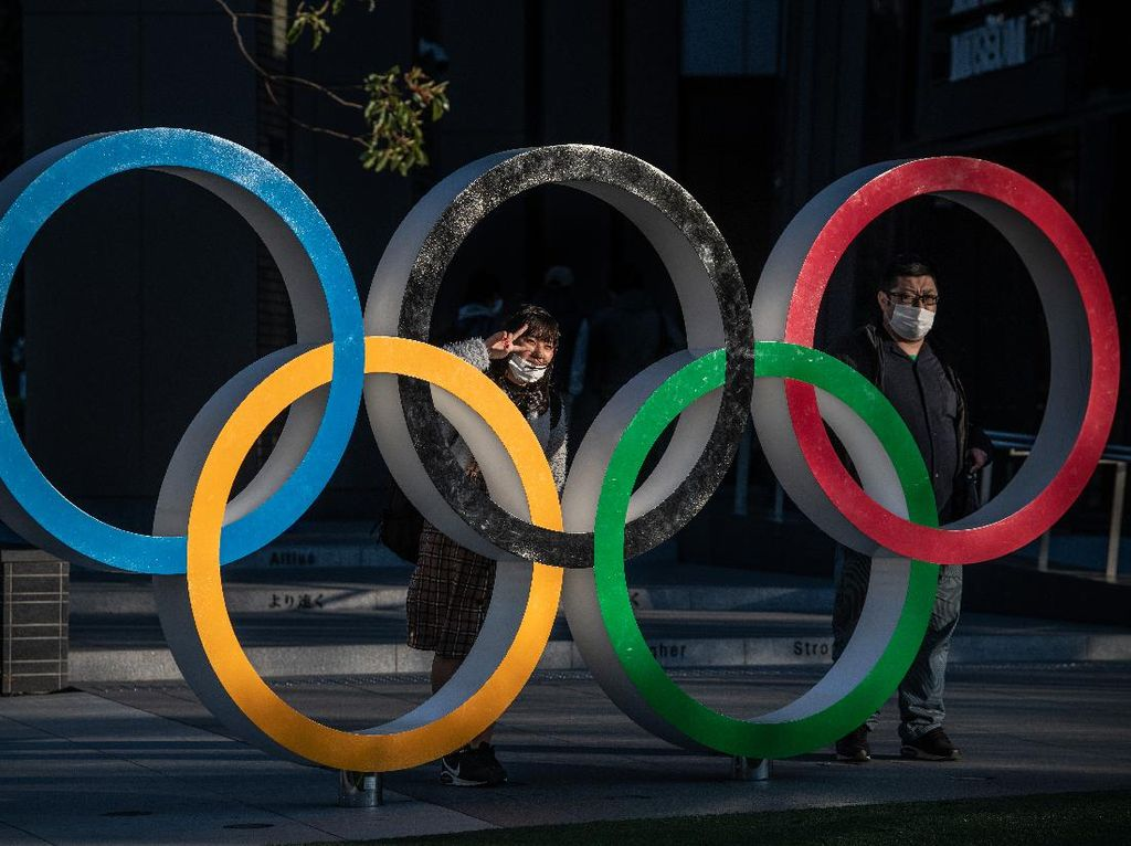 Simbol Olimpiade Akhirnya Kembali Dipasang di Tokyo