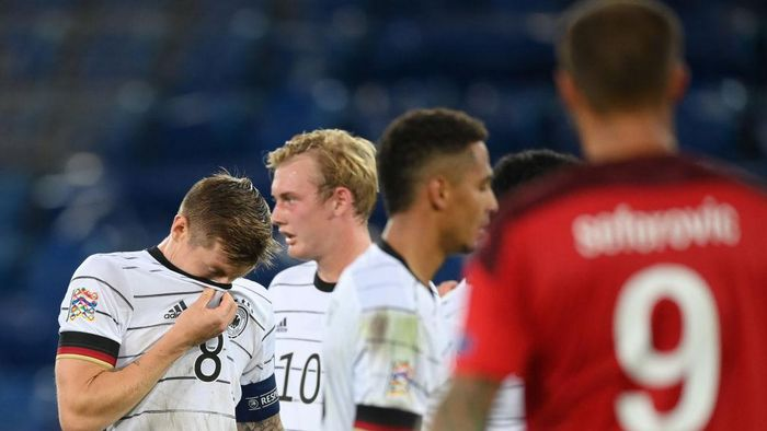 BASEL, SWITZERLAND - SEPTEMBER 06: Toni Kroos of Germany reacts during the UEFA Nations League group stage match between Switzerland and Germany at St. Jakob-Park on September 06, 2020 in Basel, Switzerland. (Photo by Matthias Hangst/Getty Images)
