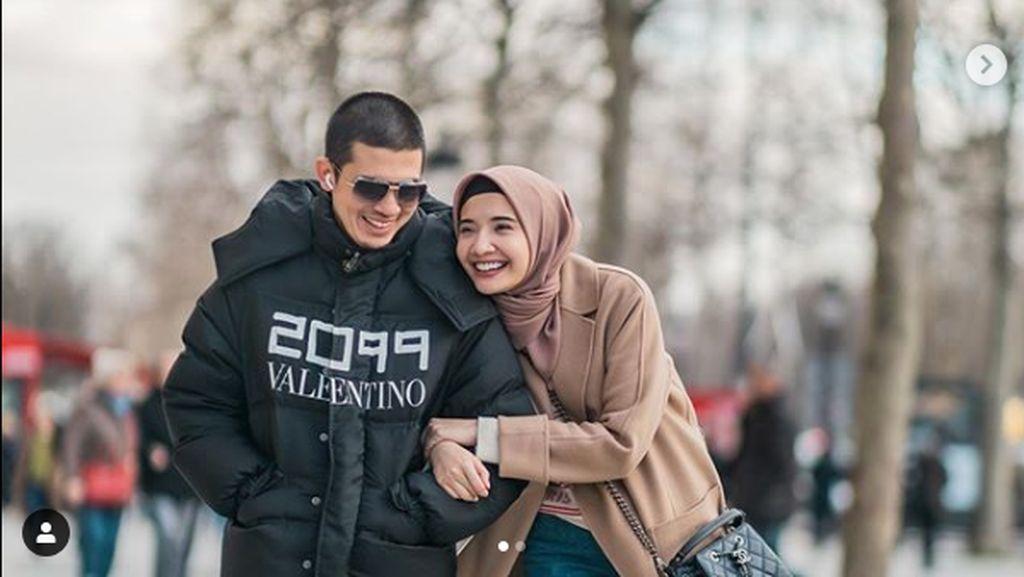 8 Foto Bahagia Zaskia Sungkar-Irwansyah, Hamil Setelah 10 Tahun Menikah