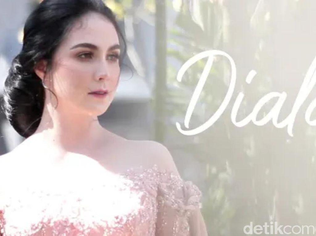 Kado Ultah Pernikahan Terindah Emil Dardak Rilis Lagu Dialah untuk Arumi Bachsin
