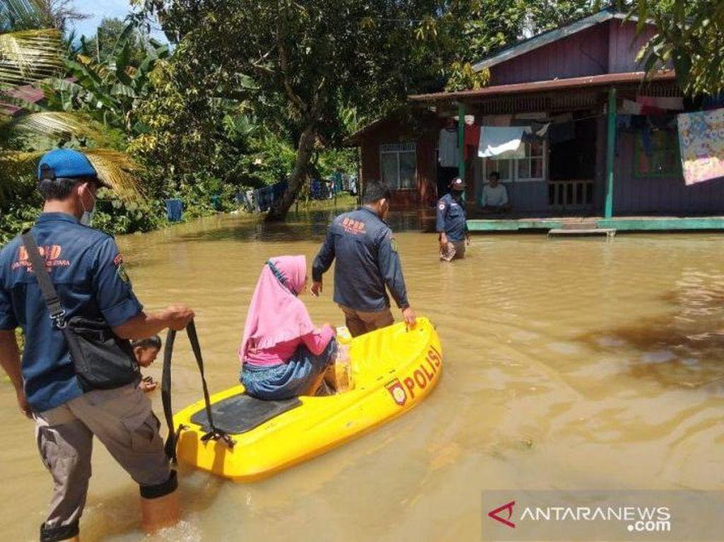 Banjir di Penajam Paser Utara Belum Surut di Hari Kedua