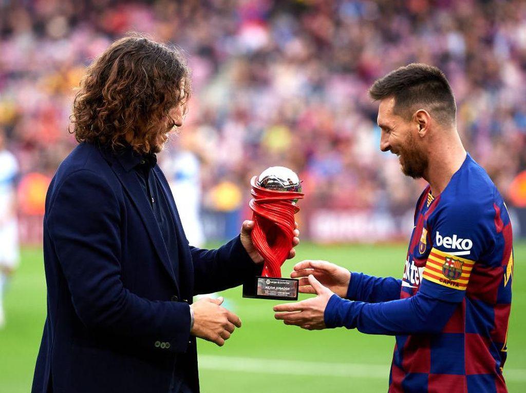 Puyol Memang Selalu Dukung Messi, tapi...