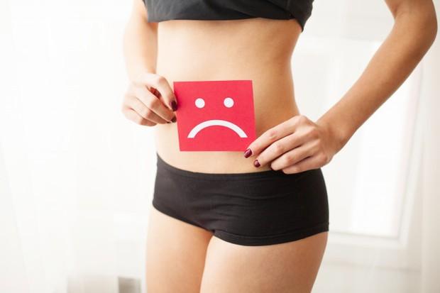 Ketika kamu melakukan olahraga dengan intensitas yang sangat tinggi, tubuh tentunya akan mengalami kelelahan. Akhirnya, siklus haidmu pun akan terganggu.