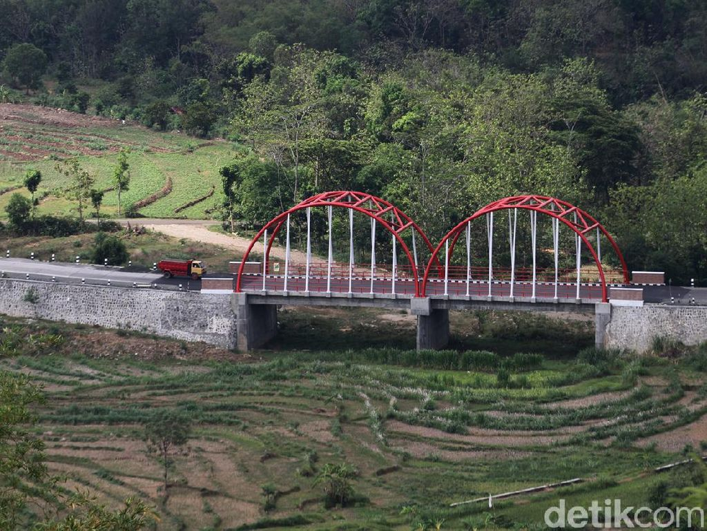Jembatan Ini Jadi ikon Baru Wonogiri Lho