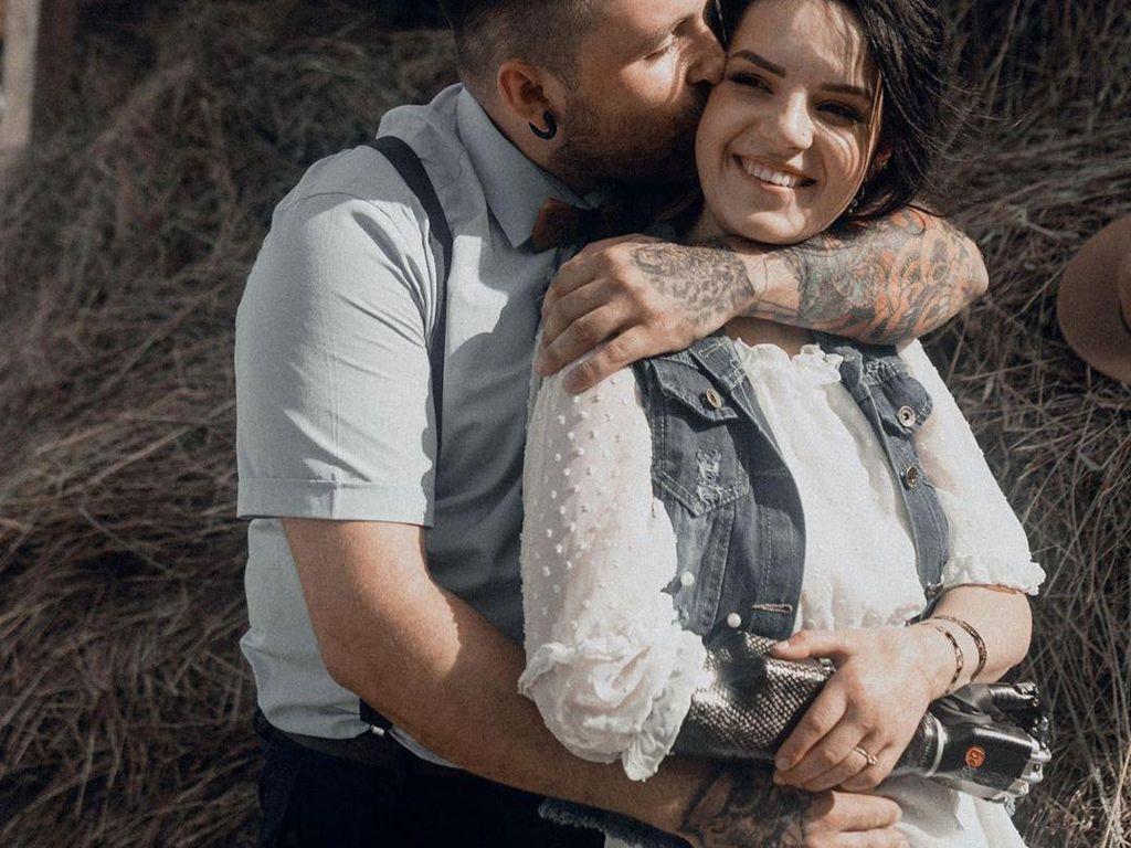 Kisah Wanita yang Tangannya Dipotong Mantan Suami, Kini Temukan Cinta Baru