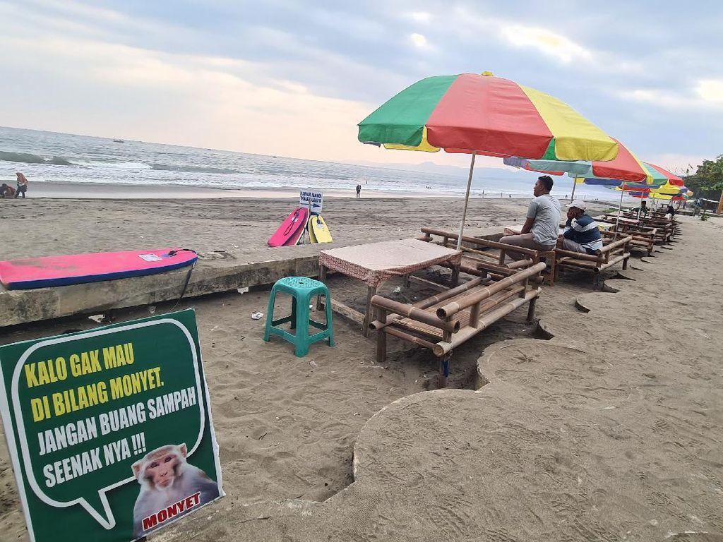 Ingatkan Wisatawan soal Sampah, Pantai Ini Pasang Poster Kocak
