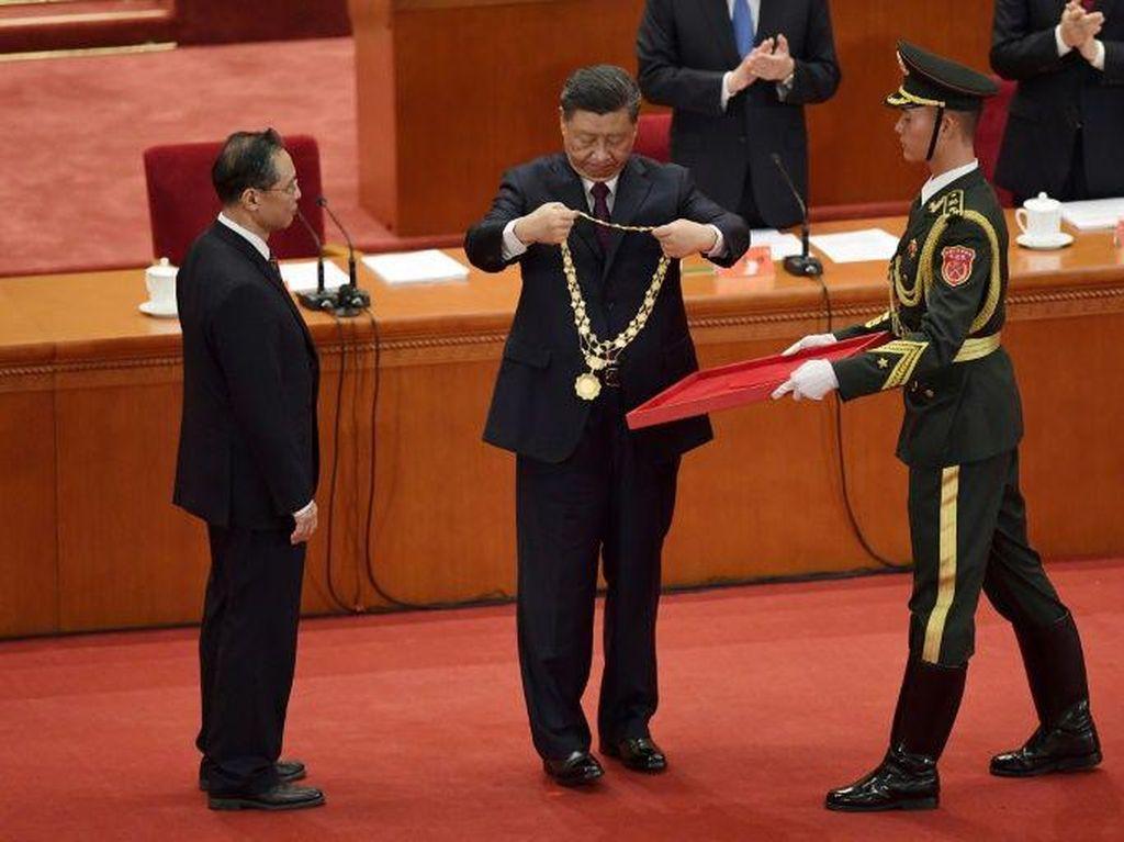 Berhasil Lalui Masa Pandemi, Ilmuwan China Diberi Gelar Kehormatan
