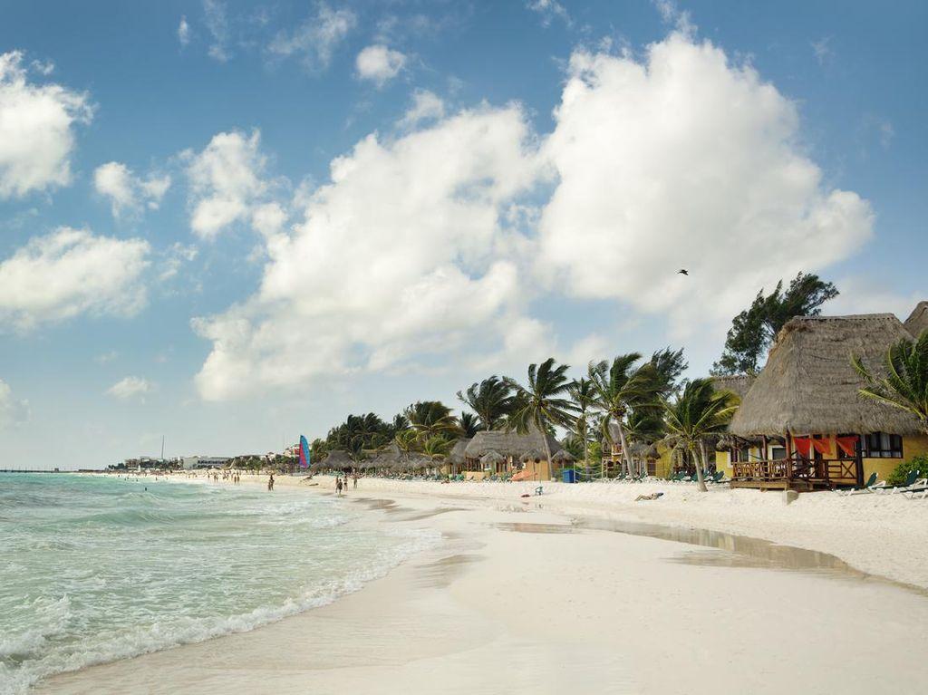 Meksiko Larang Privatisasi Pantai, Pelanggar Didenda Rp 698,6 Juta