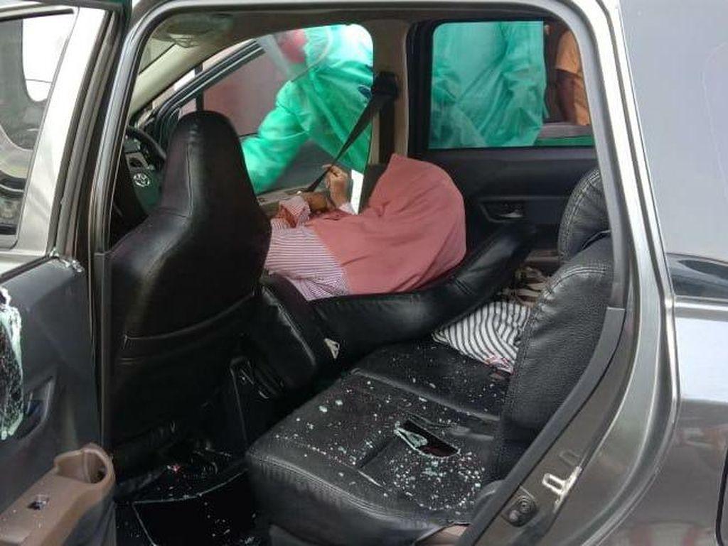 Seorang Wanita Ditemukan Tewas dalam Mobil di Rest Area Sidoarjo