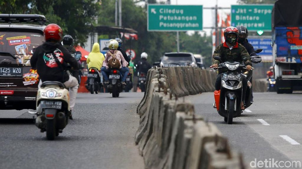 Potret Arogansi Pengendara Sepeda Motor