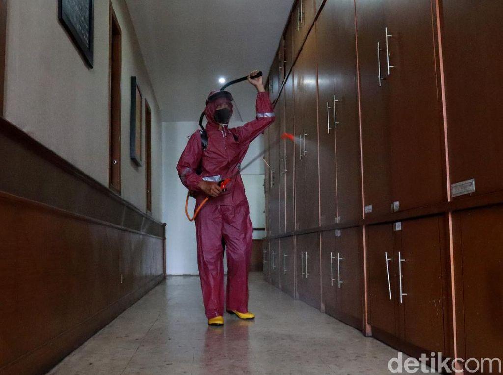Balai Kota Bandung Disterilkan Usai Ratusan Pegawai Positif COVID-19