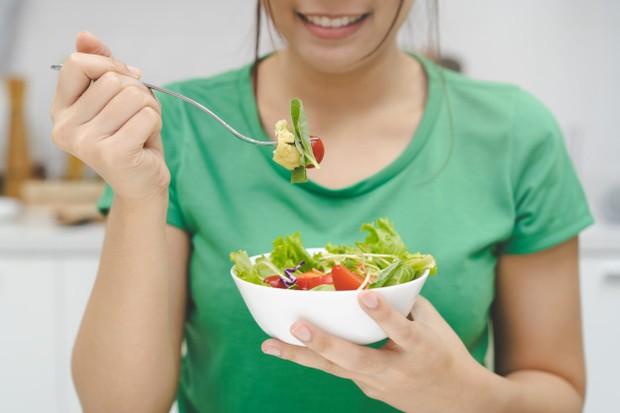 cara diet vegan bisa dilakukan dengan mengkonsumsi makanan kaya serat dari sumber nabati