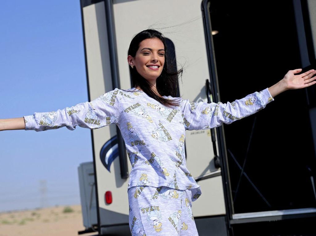 8 Foto May Tager, Model Israel Pertama yang Pemotretan di Kawasan Arab