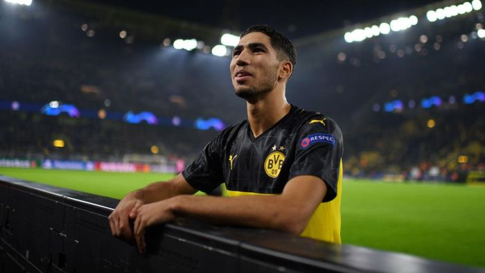 DORTMUND, GERMANY - NOVEMBER 05: Achraf Hakimi of Borussia Dortmund looks on following the UEFA Champions League group F match between Borussia Dortmund and Inter at Signal Iduna Park on November 05, 2019 in Dortmund, Germany. (Photo by Jörg Schüler/Getty Images)
