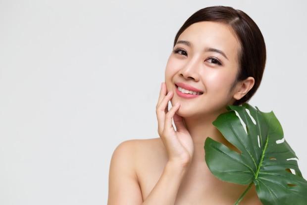 Manfaat anti-inflamasi tersebut bisa bertindak sebagai anti-mikroba yang akan membantu mencegah jamur yang nantinya menyebabkan infeksi pada kulit.