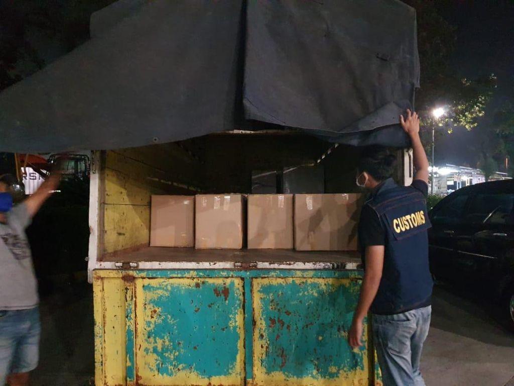 Bea Cukai Banten Gagalkan Pengiriman 488 Ribu Batang Rokok Ilegal