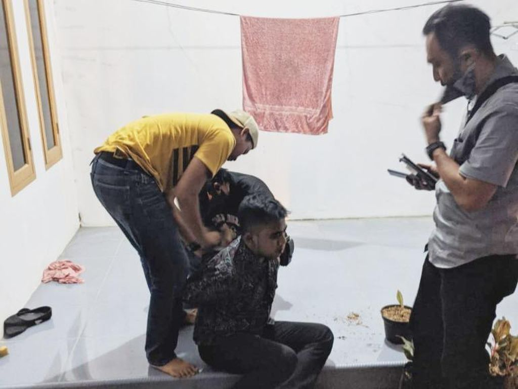Bareskrim Tangkap Penipu Jual Beli Tanaman Hias Online di Subang