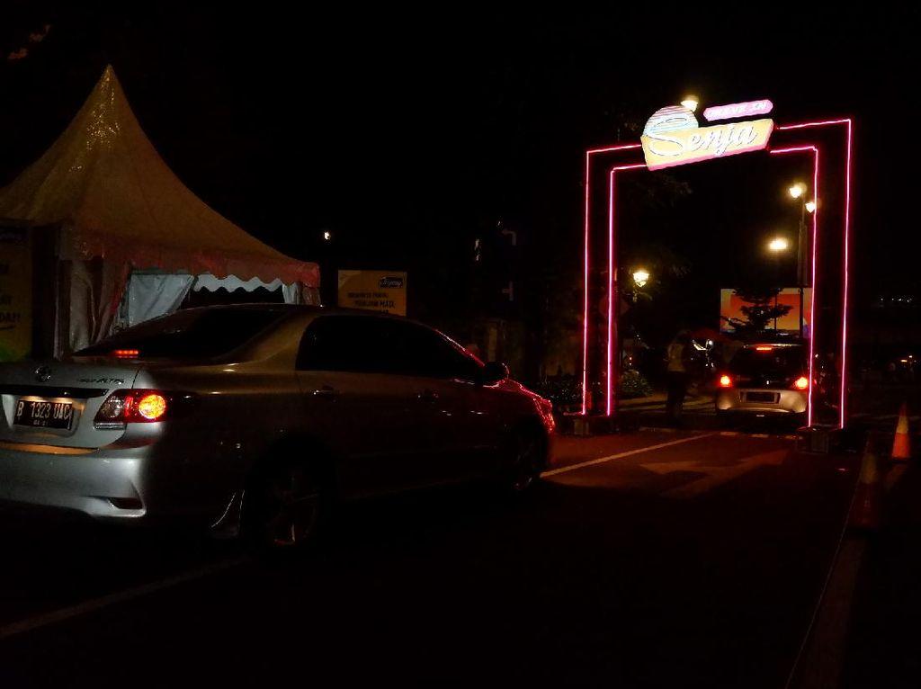 Asyiknya Nonton Bioskop Drive In di Bandung, Seperti Tahun 80-an!