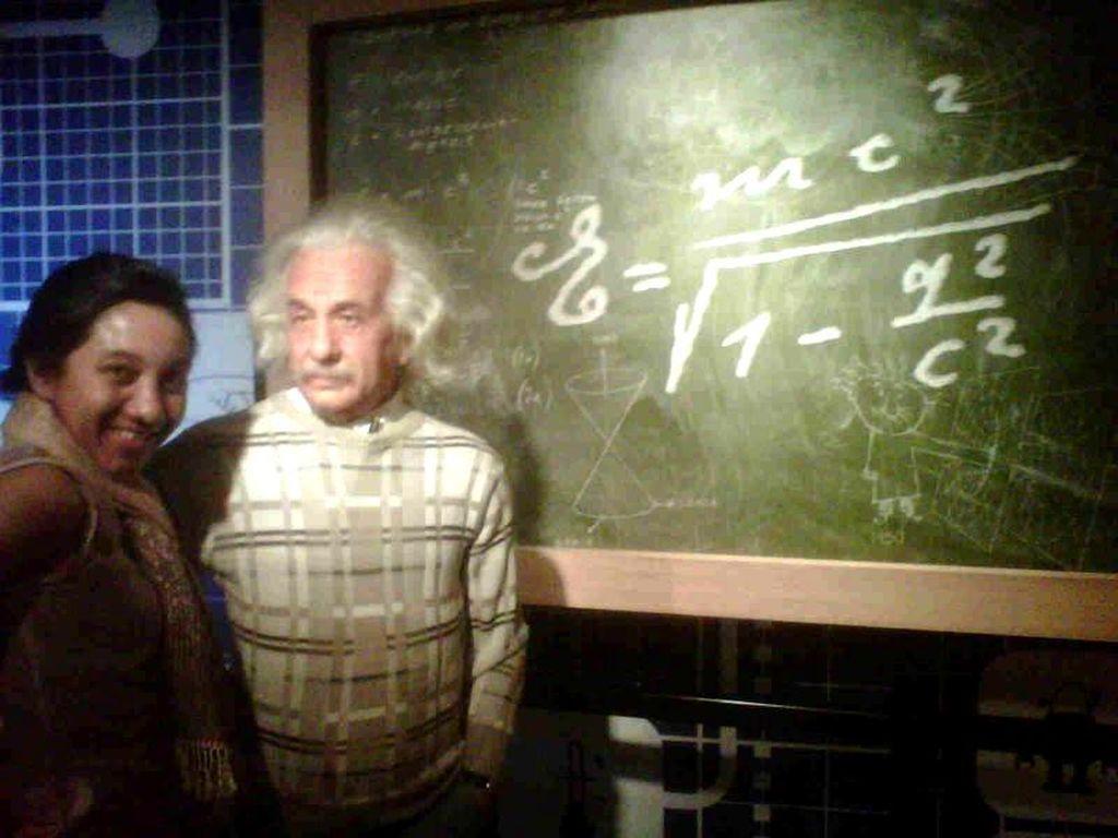 Eh, Ketemu Einstein di Thailand