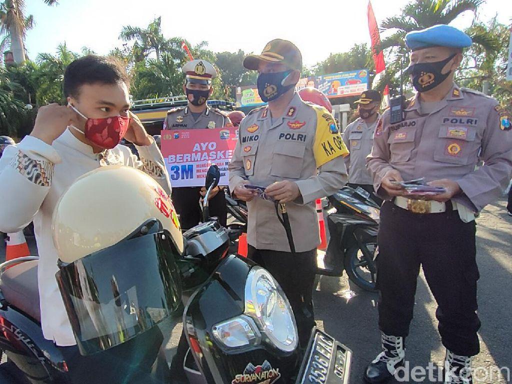 Puluhan Ribu Masker Dibagikan ke Warga Kediri Kota di 25 Titik