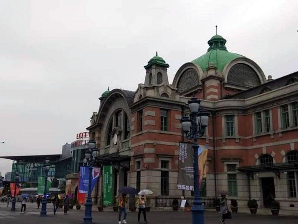 Foto: Stasiun Seoul yang dari Luar Mirip Istana