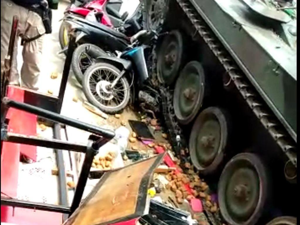 Efek Buruk Jika Mobil Nge-drift seperti Tank TNI di Bandung