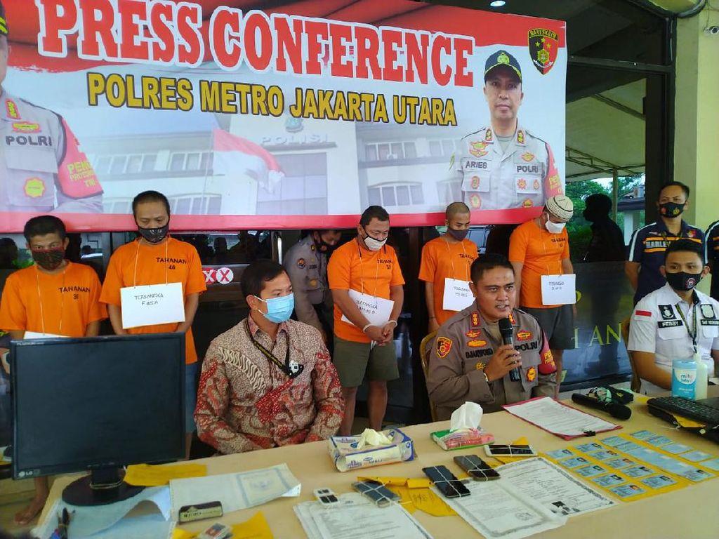 Beroperasi Sejak 2018, Sindikat Pemalsu e-KTP di Jakut Ditangkap Polisi