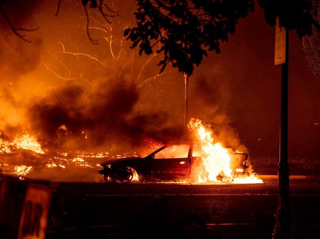 Deretan Mobil yang Gosong Akibat Kebakaran Hutan di Oregon