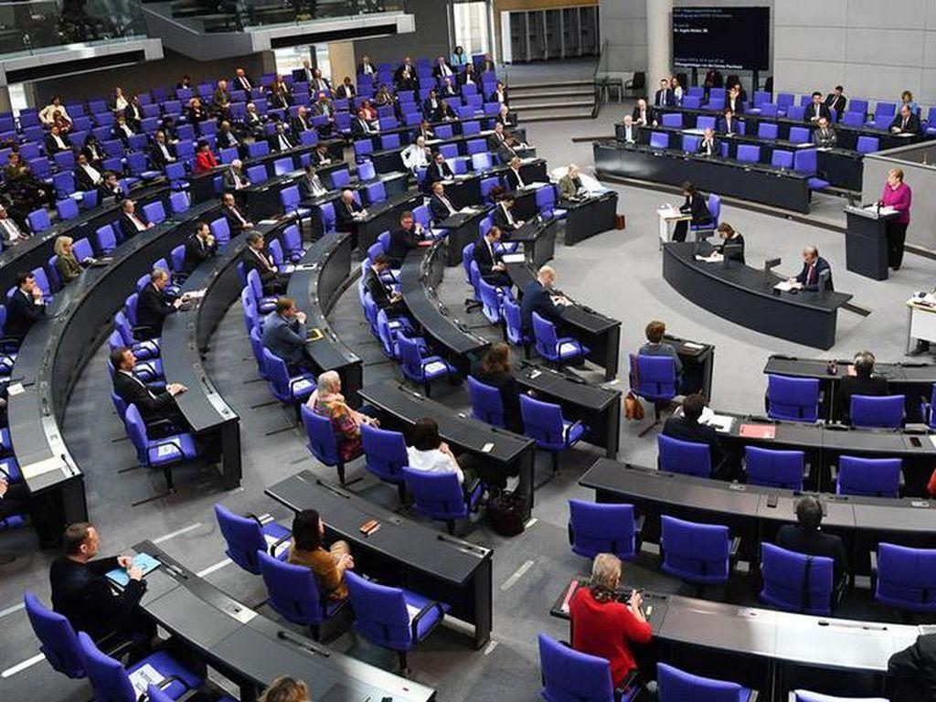 Parlemen Jerman Berdebat Soal Politik Uni Eropa terhadap China