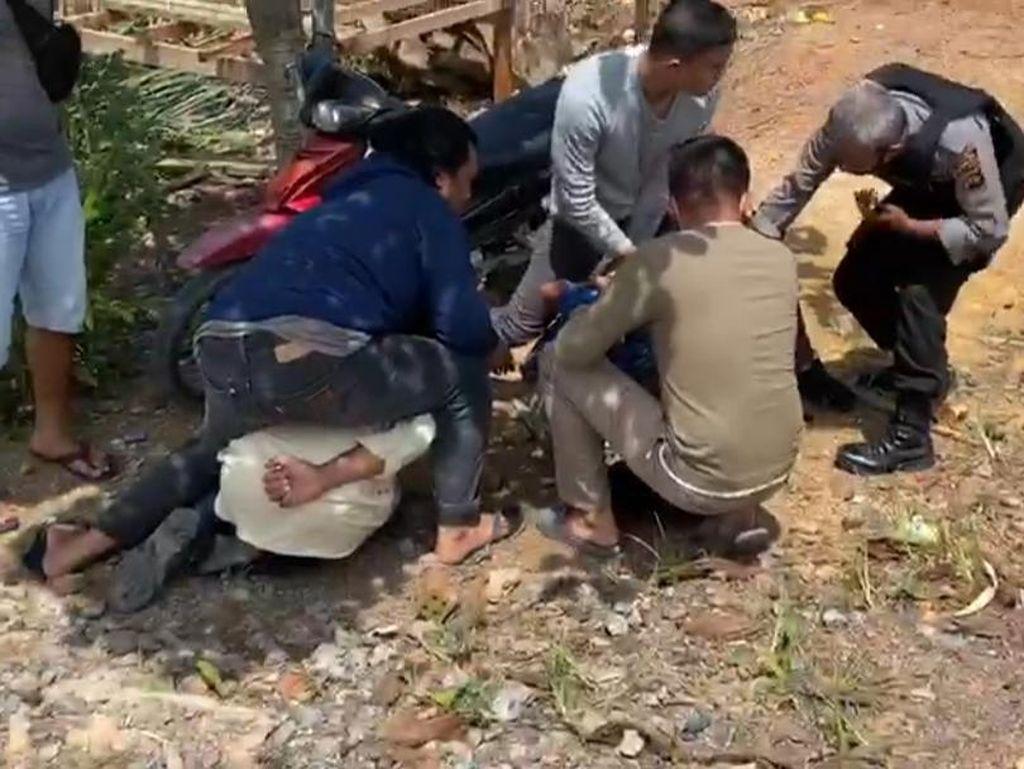 Polisi Tangkap 6 Pencuri Bersenpi yang Aniaya 1 Keluarga di Jambi