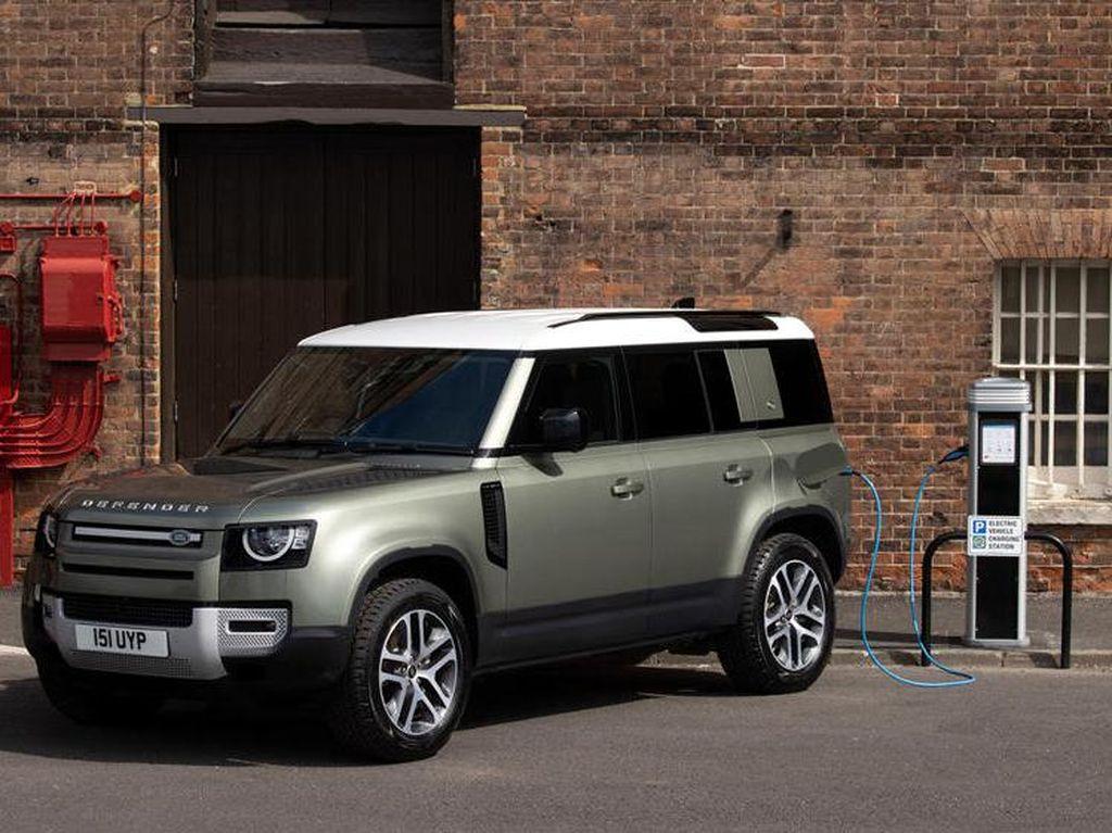 Land Rover Defender Kini Bermesin Hybrid