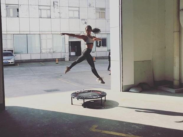 salah satu manfaat olahraga trampolin yaitu memperlancar sirkulasi darah