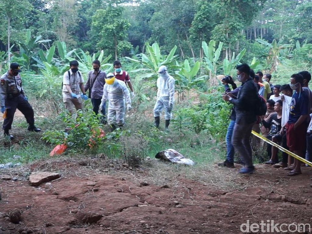 Mayat yang Kaki-Tangannya Terikat di Bawah Tol Batang Korban Pembunuhan