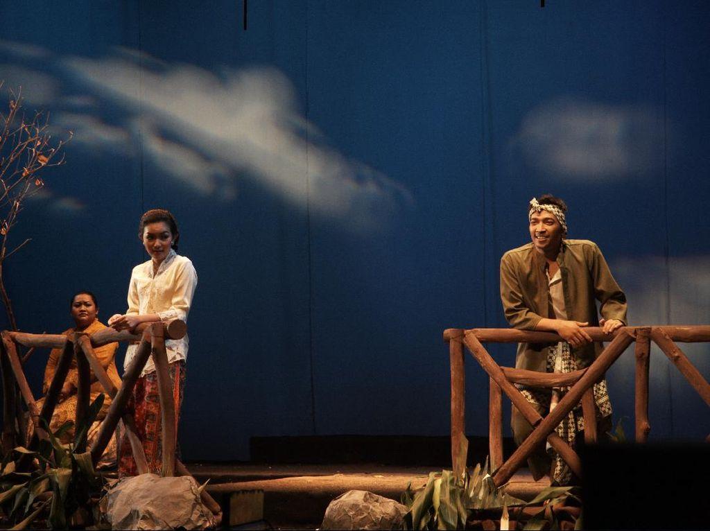 Nonton Teater Cinta Dasima untuk Isi Akhir Pekanmu