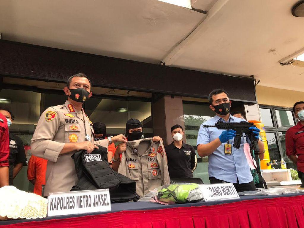 Modus Razia, 3 Polisi Gadungan Rampas Motor Warga Jaksel Ditangkap