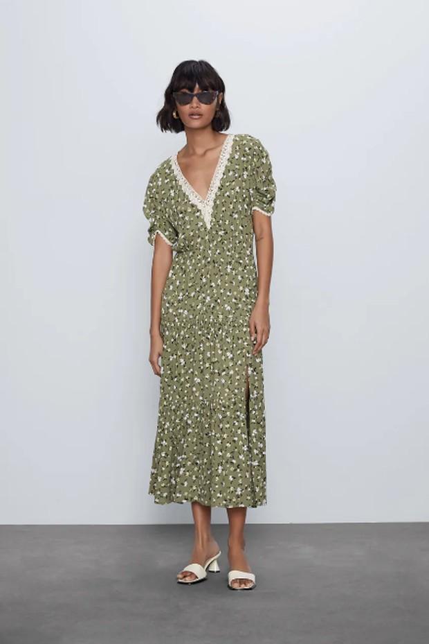 Potret dress keluaran Zara yang dipilih Kate Middleton untuk melakukan panggilan Zoom.