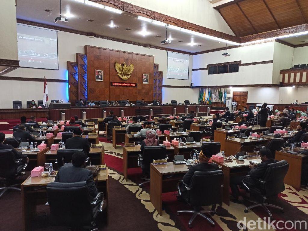 Anggota DPR Aceh Pertanyakan Istri Kedua Plt Gubernur Pakai Fasilitas Negara