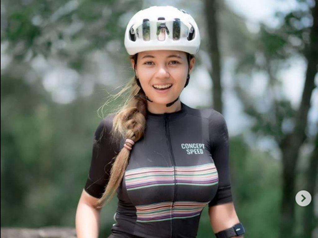 7 Foto Tung Pang, Pesepeda dari Thailand yang Dijuluki Netizen Sexy Goweser