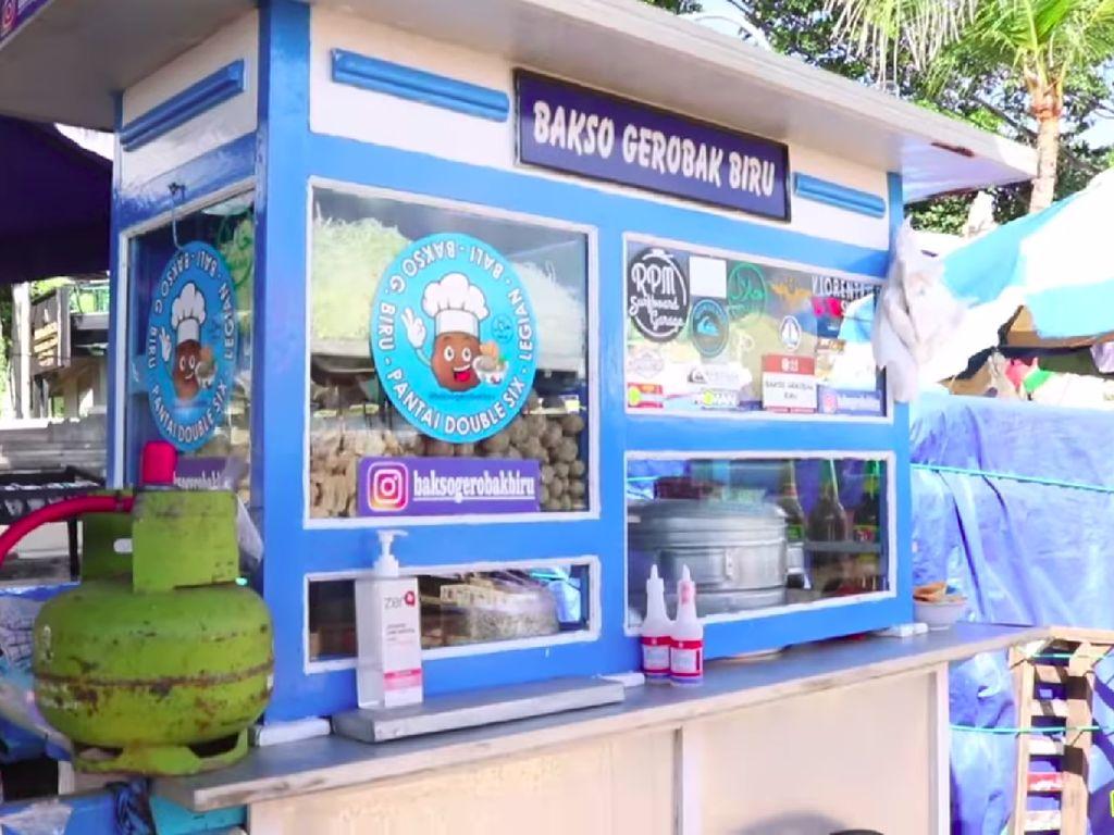 Bakso Gerobakan Halal di Bali Ini Laris Manis, Harganya Rp 15 Ribu!