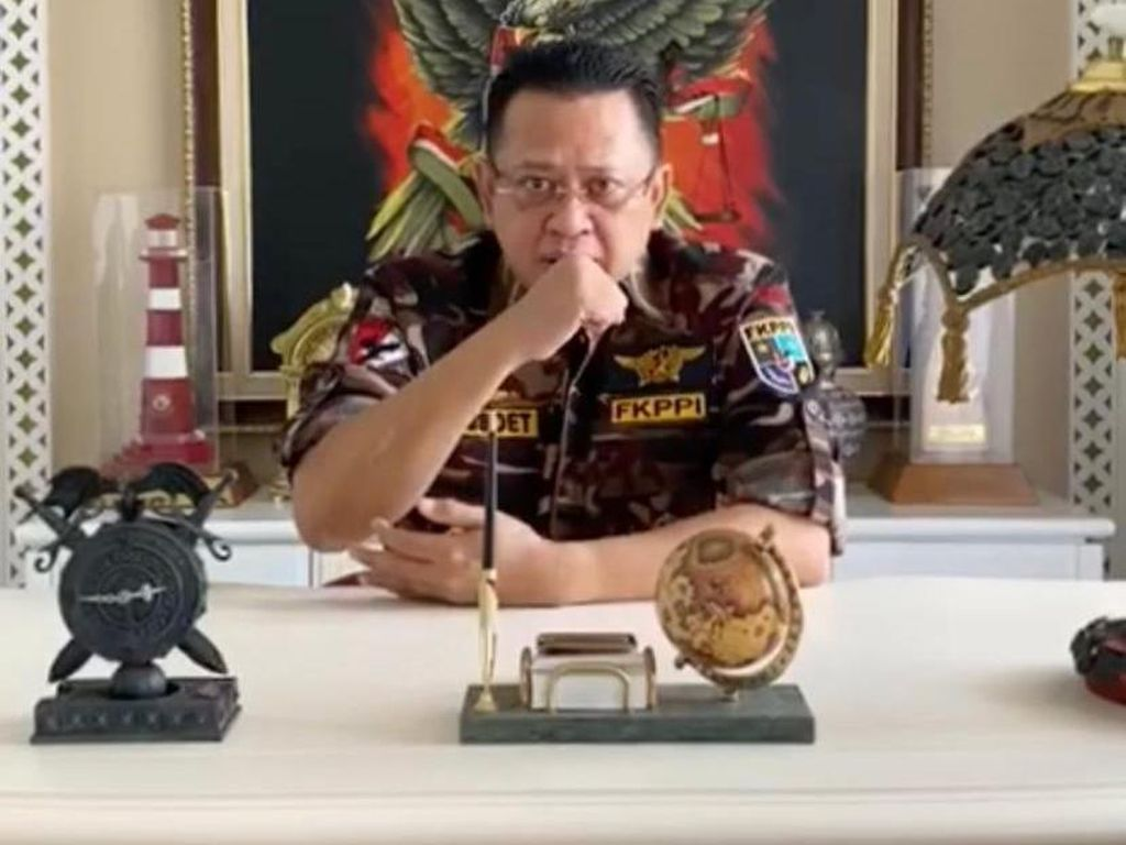 Ketua MPR: Seluruh Kader FKPPI Harus Ambil Bagian Lawan COVID-19