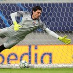 AC Milan Resmi Rekrut Tatarusanu dari Lyon