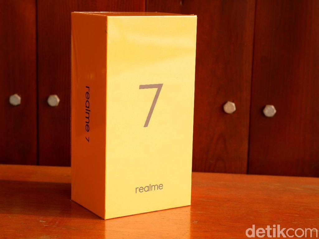 Unboxing Realme 7, Calon Ponsel Rp 3 Jutaan yang Dilengkapi NFC