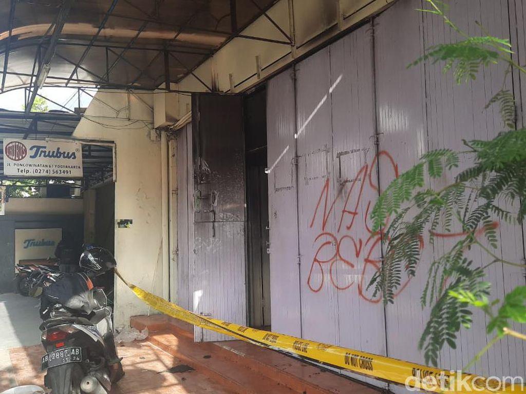 Polisi Ungkap Motif Aksi Karyawan Toko Roti Trubus Yogya Bakar Diri