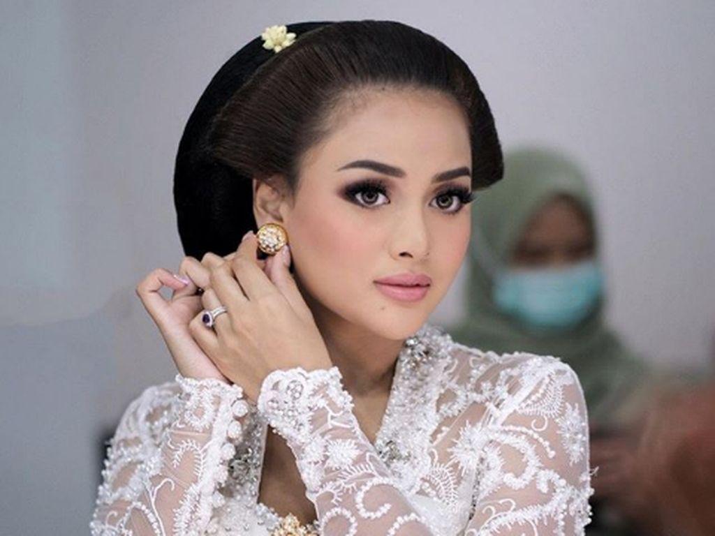 7 Pesona Aurel Hermansyah Jadi Pengantin Jawa, Calon Bojo Atta Halilintar