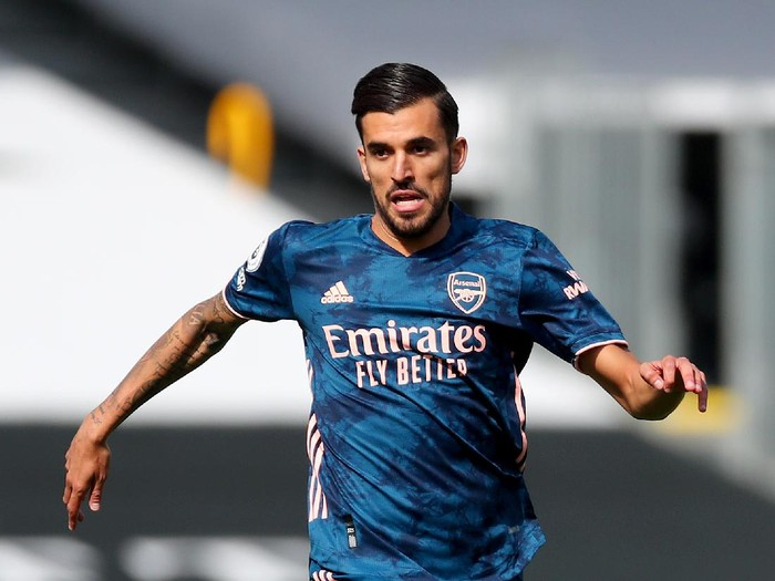 LONDON, ENGLAND - SEPTEMBER 12: Dani Ceballos of Arsenal in action during the Premier League match between Fulham and Arsenal at Craven Cottage on September 12, 2020 in London, England. (Photo by Clive Rose/Getty Images)