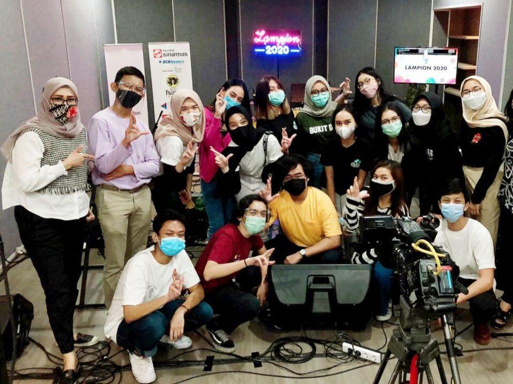 SMAN 8 Jakarta Gelar Lampion Pentas Seni Virtual di Tengah Pandemi