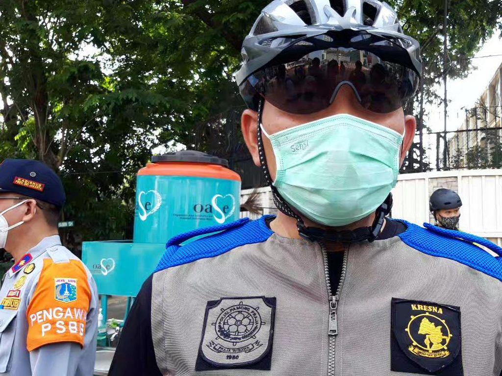 Siagakan 1.300 Personel, Satpol PP DKI Akan Tindak Kerumunan Tahun Baru